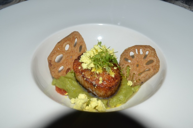 Pan seared scallops, coriander potato puree, five spices powder and tomato plum chutney